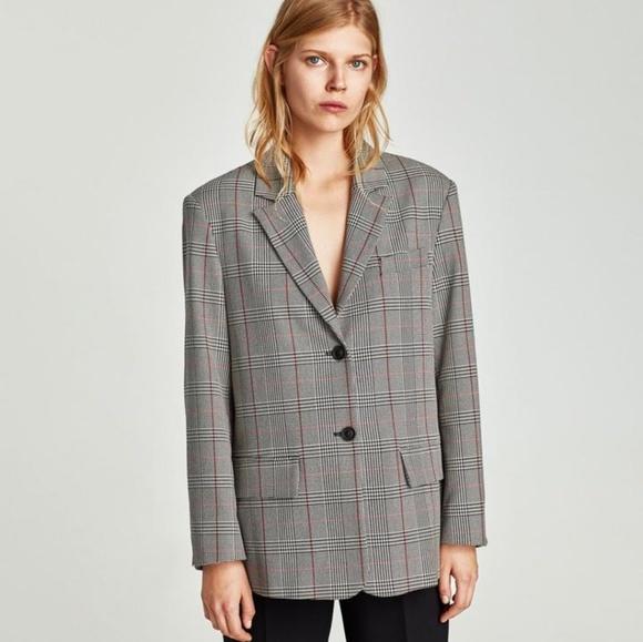 42d4d20a6c Zara buttoned check blazer